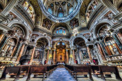 Gli it raccontano chiese, abbazie e cattedrali