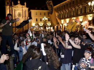 Festeggiamenti dei tifosi della Juventus