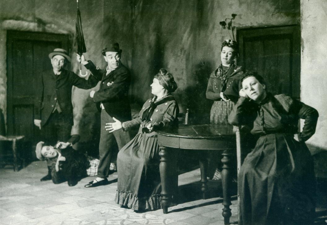 dialetto napoletano - Raffaele Viviani (nella foto) è stato uno dei più importanti attori, autori, e scrittori della Napoli antica
