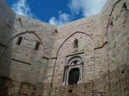 Castel del Monte - portale