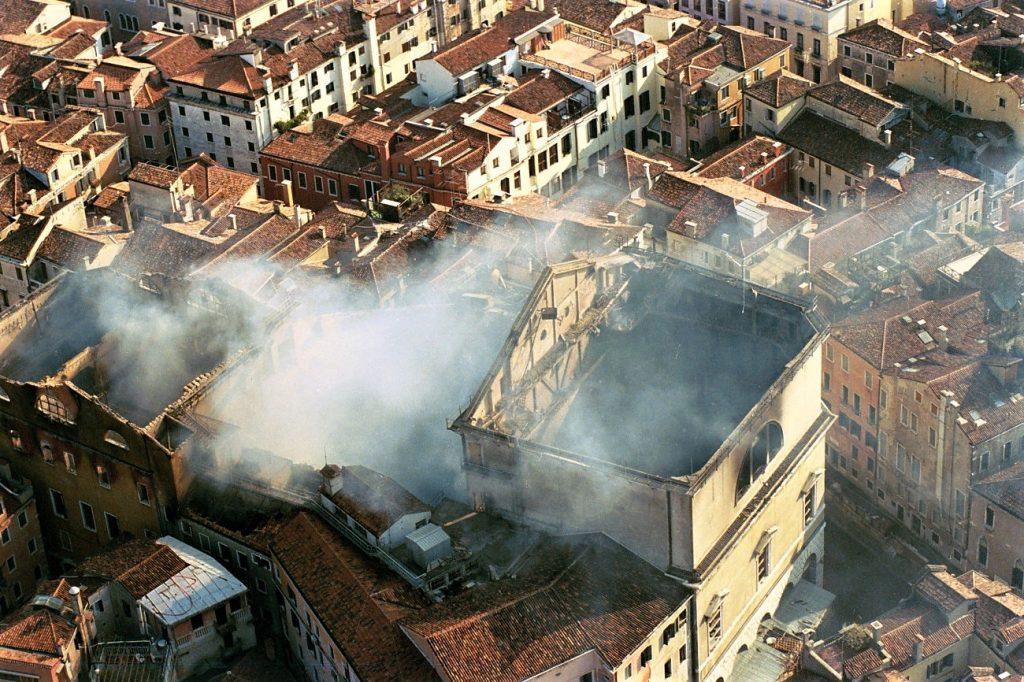 La Fenice dopo l'incendio del 1996