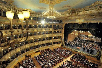 L'interno del Teatro La Fenice - La Stampa