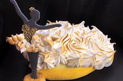 torta love 3d con crema al mascarpone e savoiardi