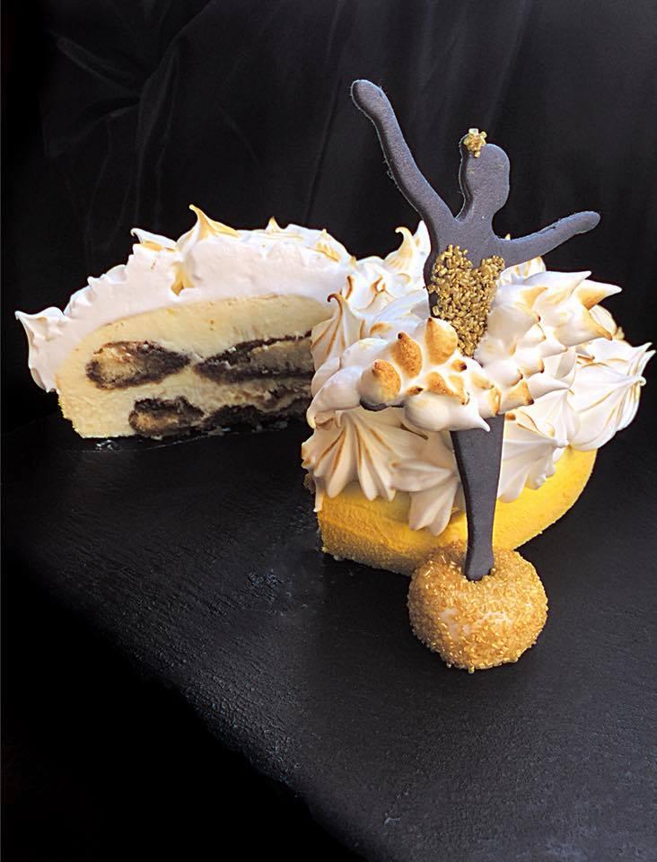 torta love 3d tagliata a metà