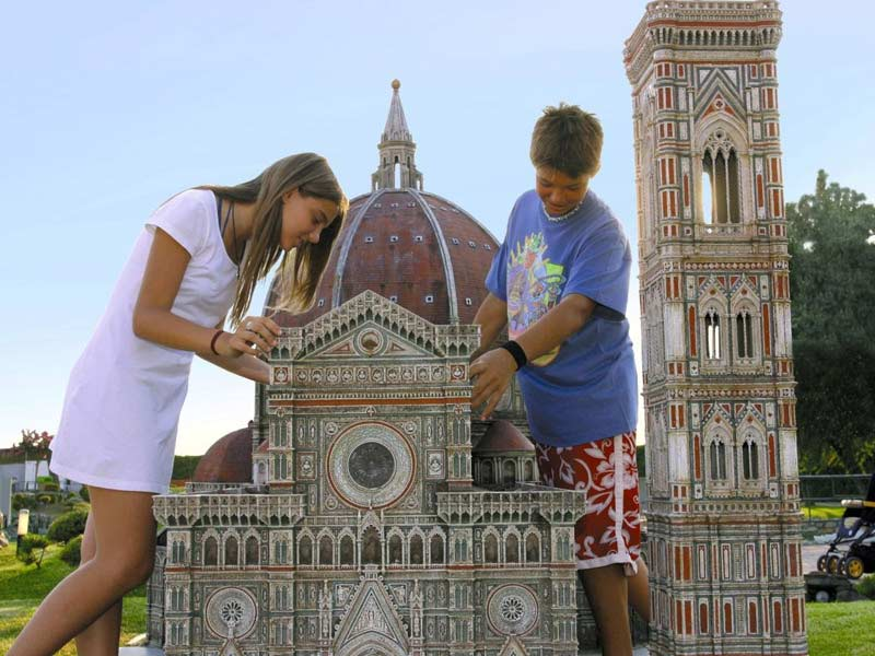 Italia - bambini parco in miniatura
