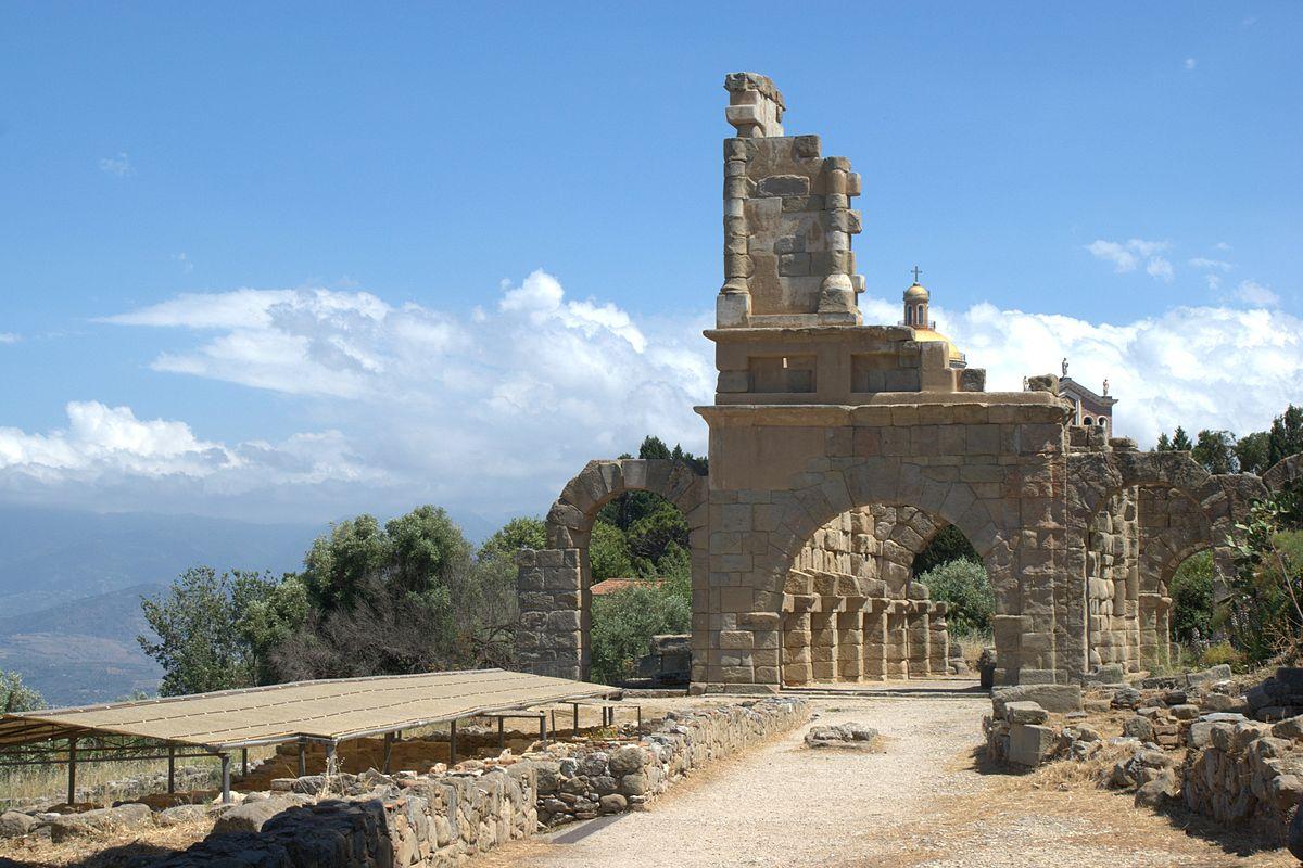 Santuario della Madonna di Tindari - Le rovine della città di Tindari