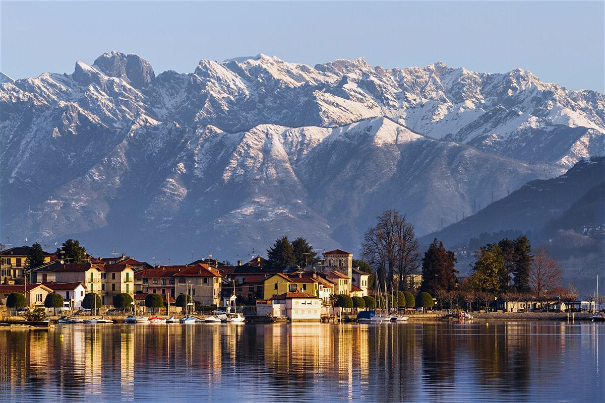 Lago d'Orta - Al pari di un paesaggio quasi immaginario, il Lago d'Orta è una gioia per gli occhi