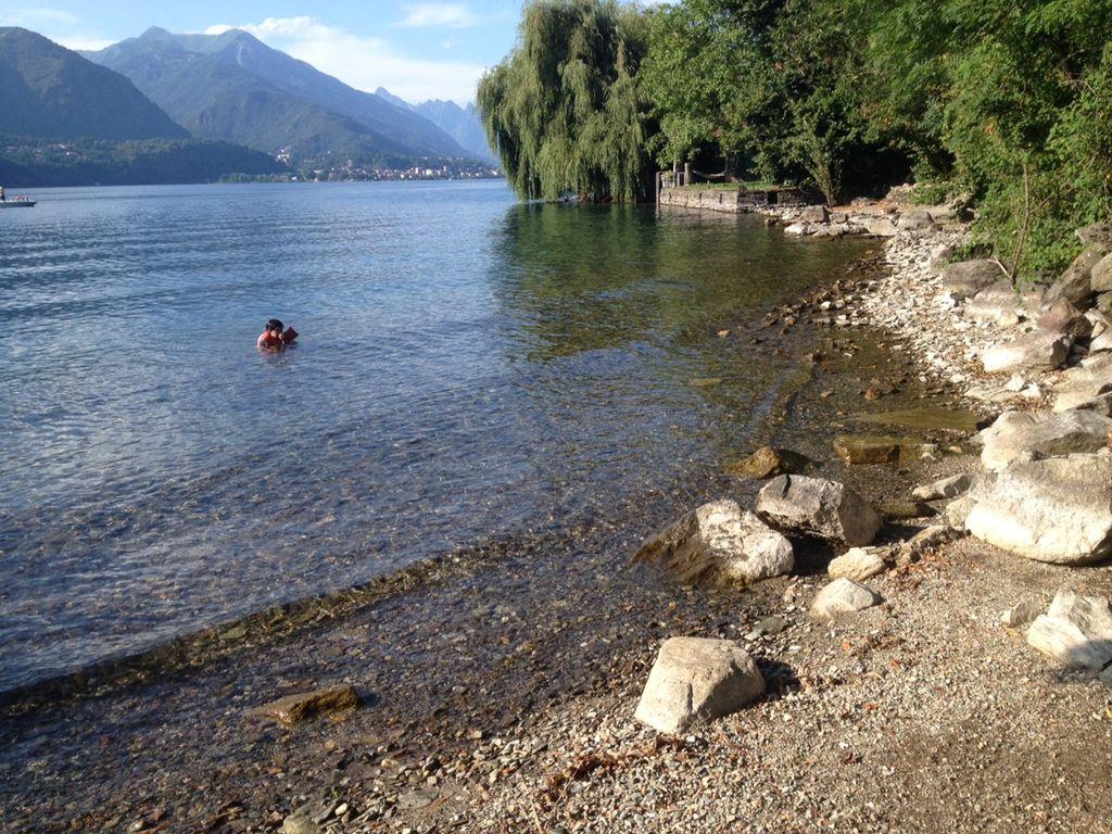Lago d'Orta - Le spiagge del Lago d'Orta sono un felice esempio di pulizia e splendore naturale