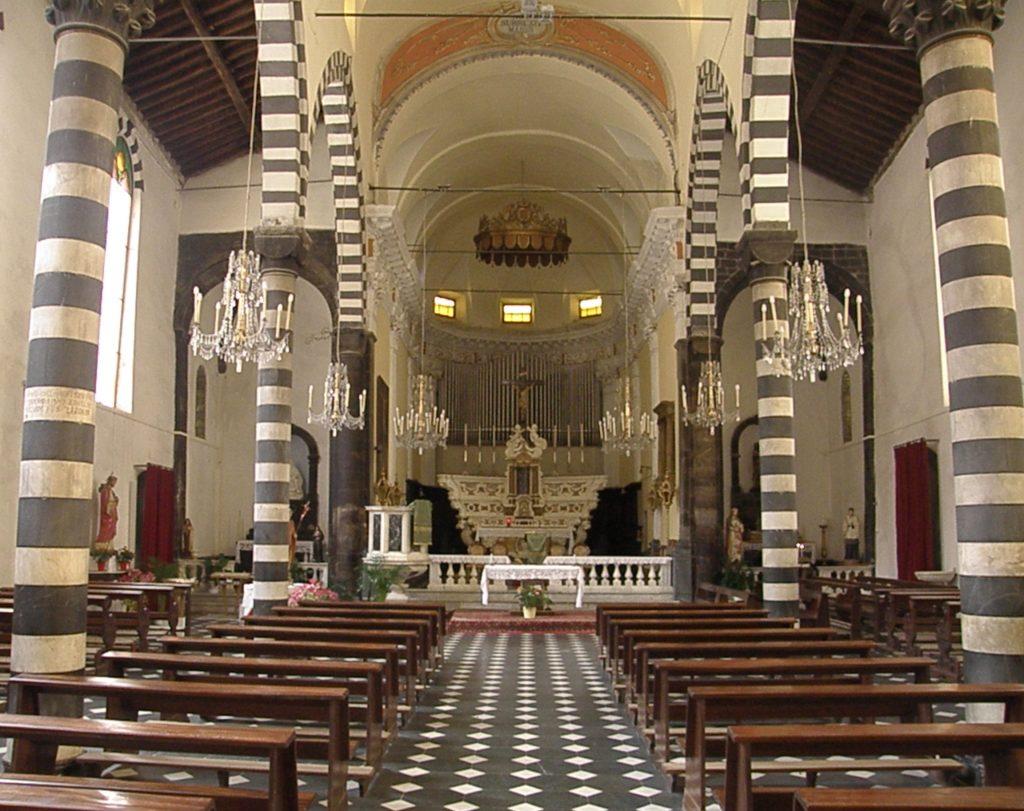 Veduta interna della chiesa di San Giovanni Battista