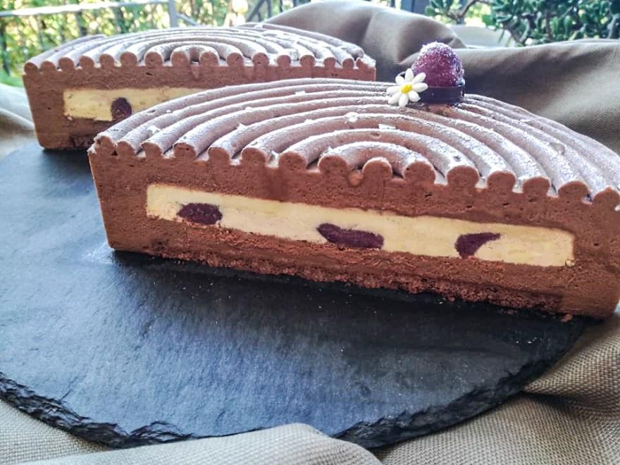 Torta Clafoutis all'uva nera e miele