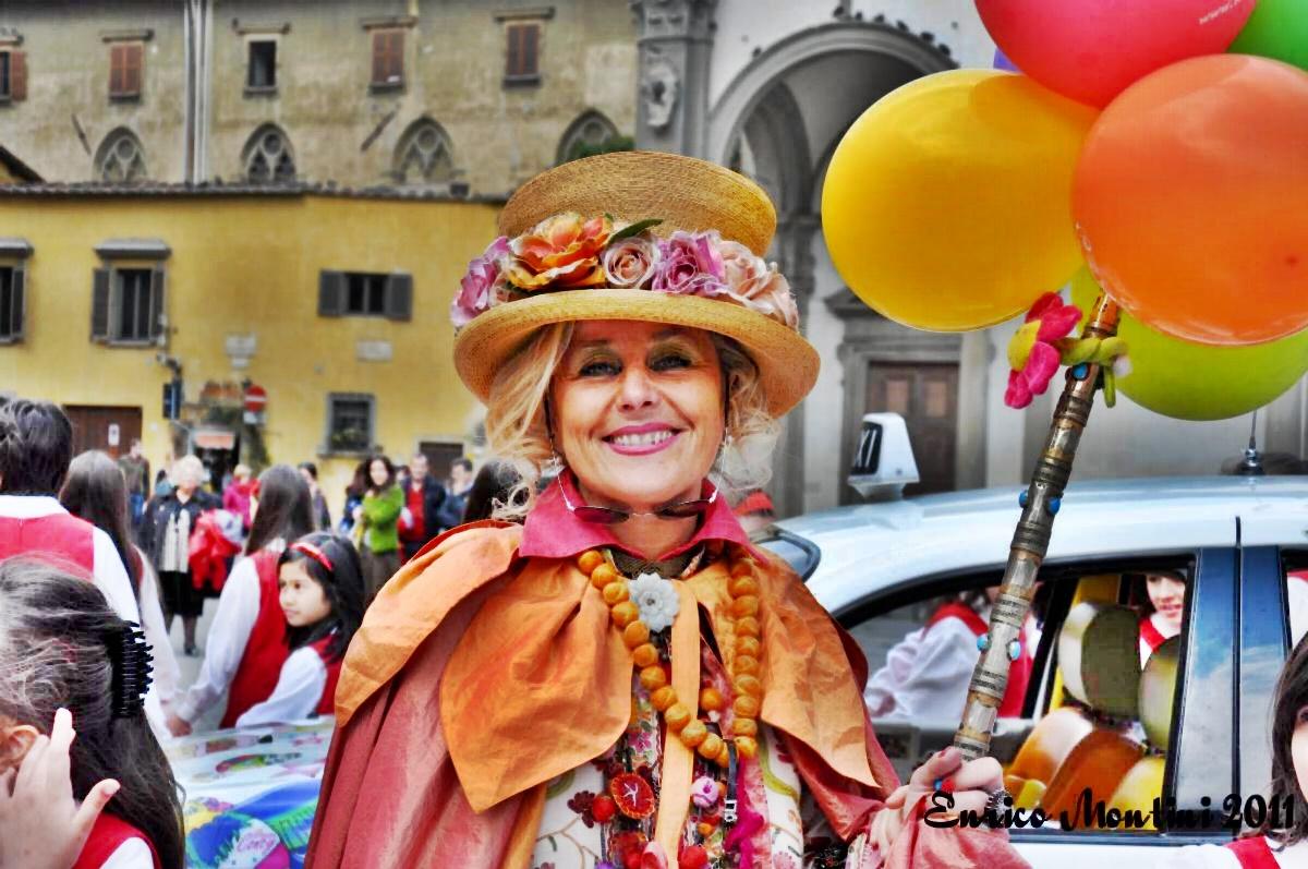 Milano 25 - zia Caterina con palloncini