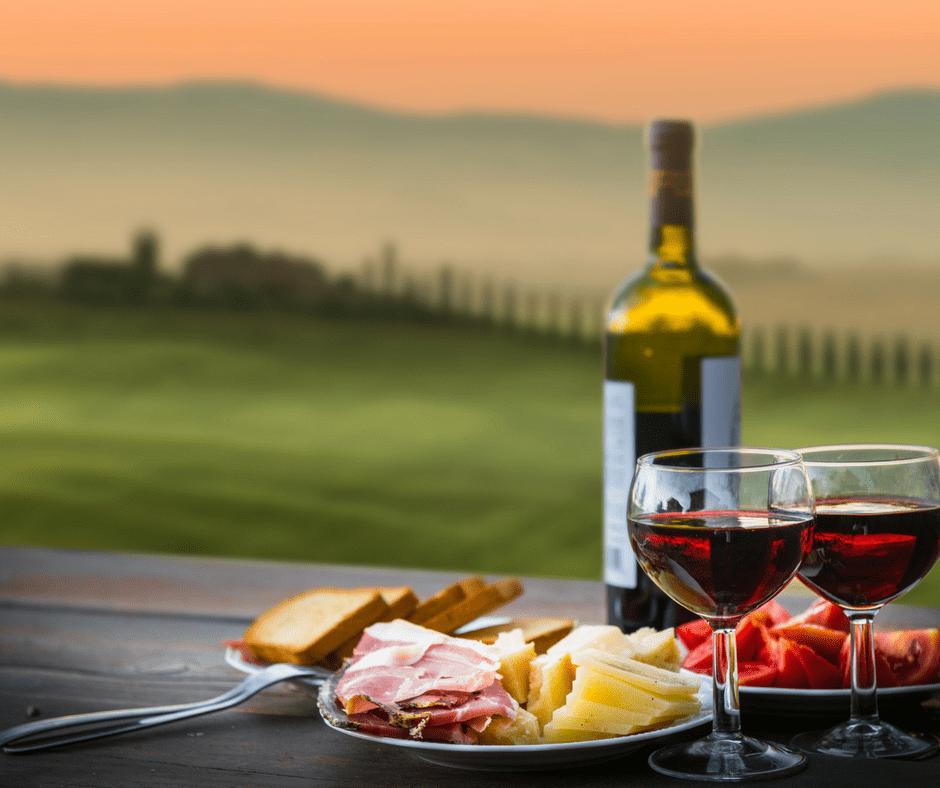 L'Italia è famosa in tutto il mondo per i suoi vini e la sua fantastica offerta culinaria