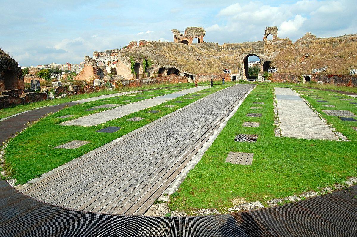 Anfiteatro di Capua - immagine delle mura