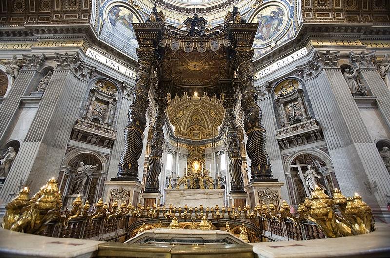 la basilica di San Pietro - colonne tortili in bronzo