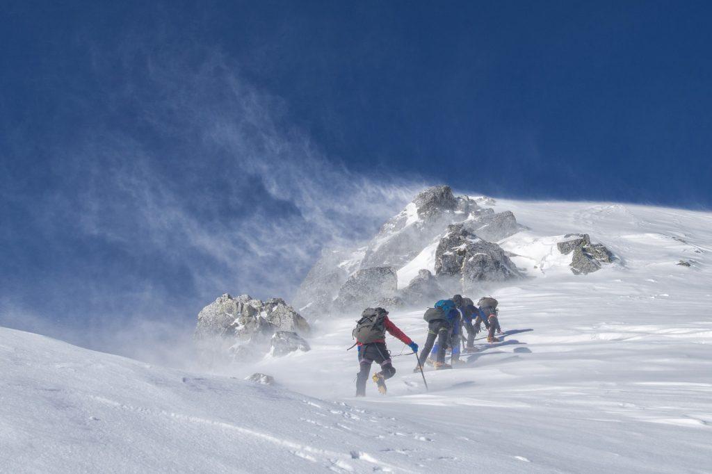 Monte Bianco. Cordata di scalatori