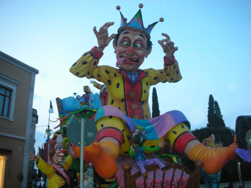 Putignano Carnival - Farinella mask. A jester with a rattle hat