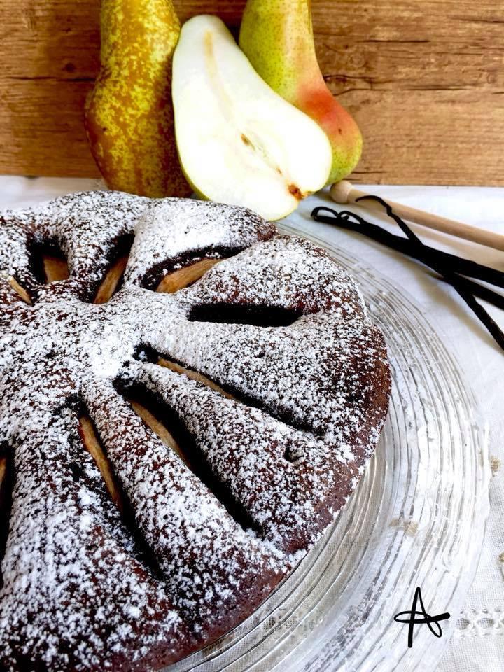 Torta morbida cioccolato e pere - torta al cioccolato e pera pronta