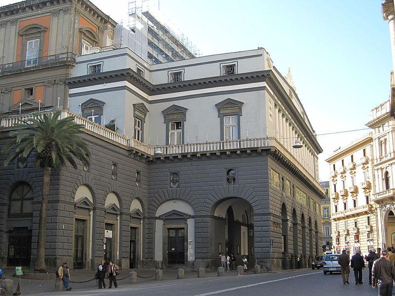 Il meraviglioso Teatro San Carlo di Napoli