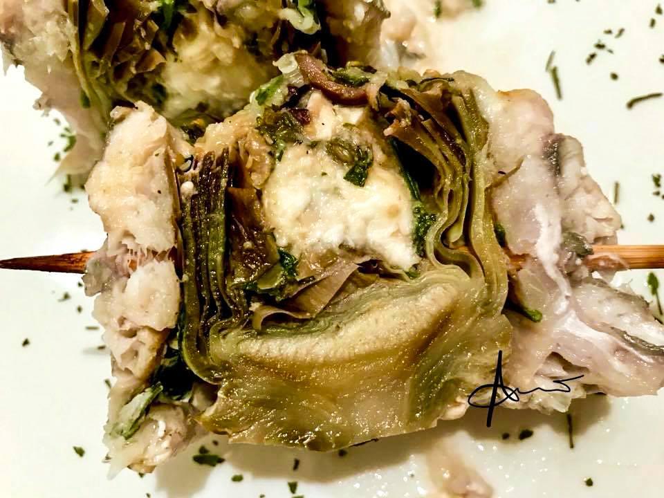 interno della girella di pesce sciabola con carciofi e provola