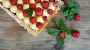 tartella con crema e fragoline di bosco