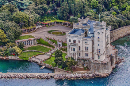 Miramare Castle, aerial view of the gulf