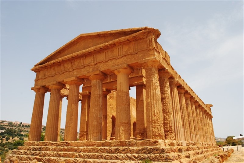 Sicilian beauty lives again in the Valley of the Temples