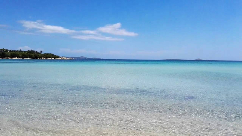 Porto Rotondo extends the pristine Ira beach