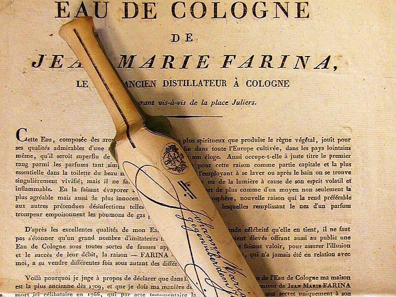 Eau de Cologne: letter and bottle