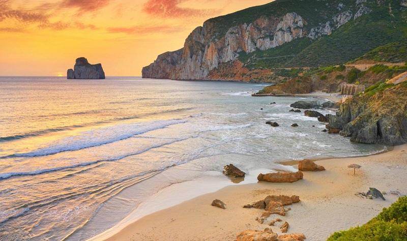 Porto Flavia beach