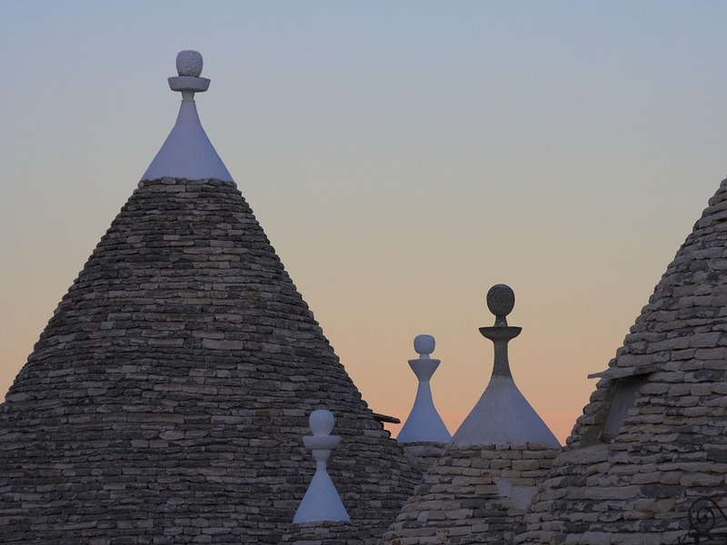 The trulli of Alberobello made with interlocking technique