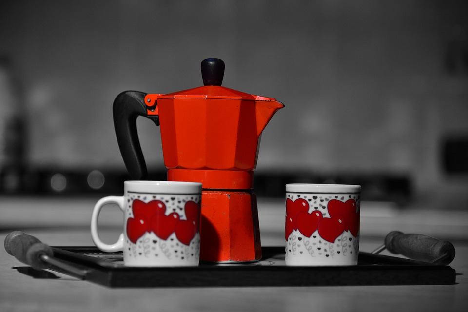 the mocha - red coffee maker