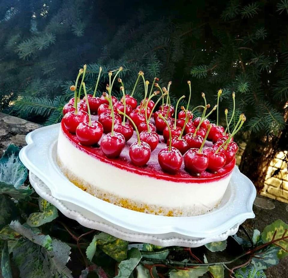 cherry jelly Cheesecake