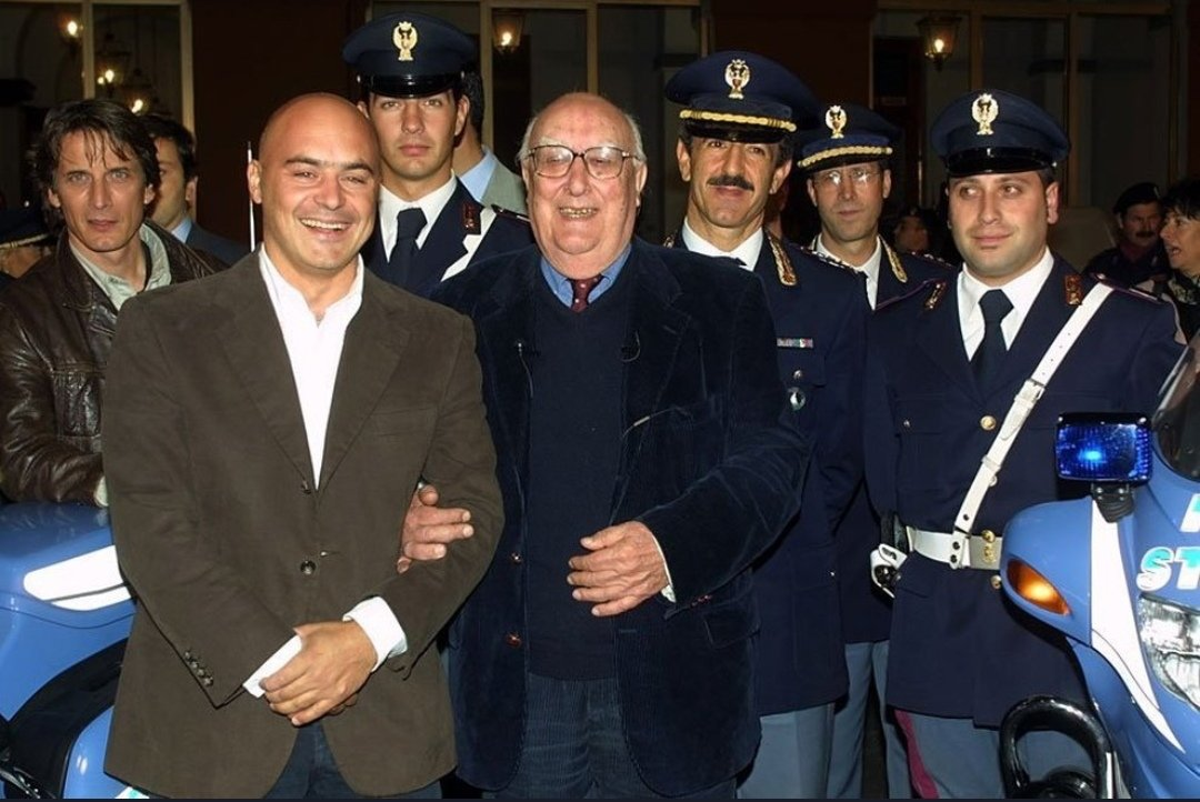 Andrea Camilleri - Camilleri with the cast of Montalbano