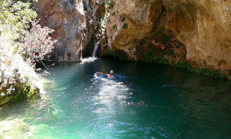 La Cava Tortorone è definita la Laguna bu nella Valle degli Dei, tra le cave da visitare