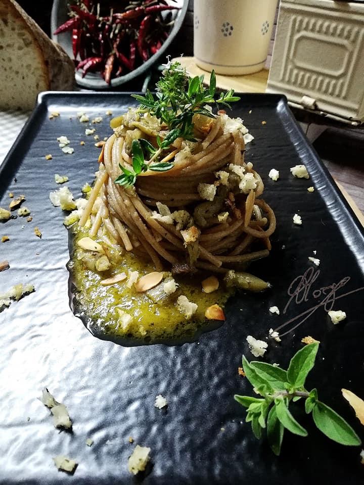 whole wheat spaghetti with artichokes