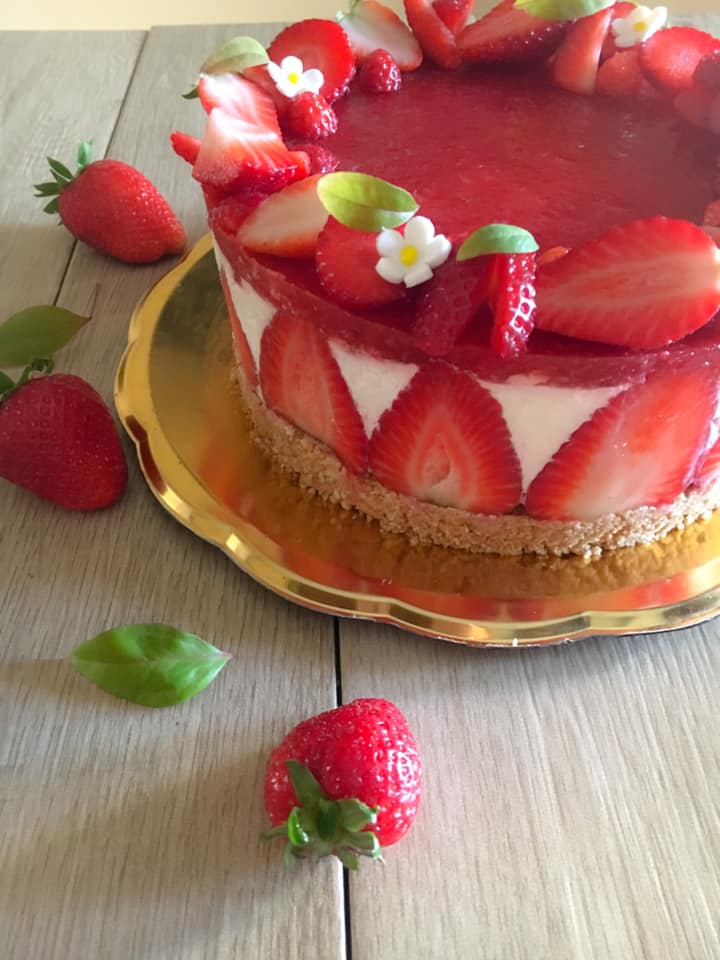 detail of the strawberry cheesecake