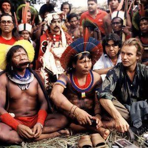 Amazzonia in fiamme - Sting con gli Indios