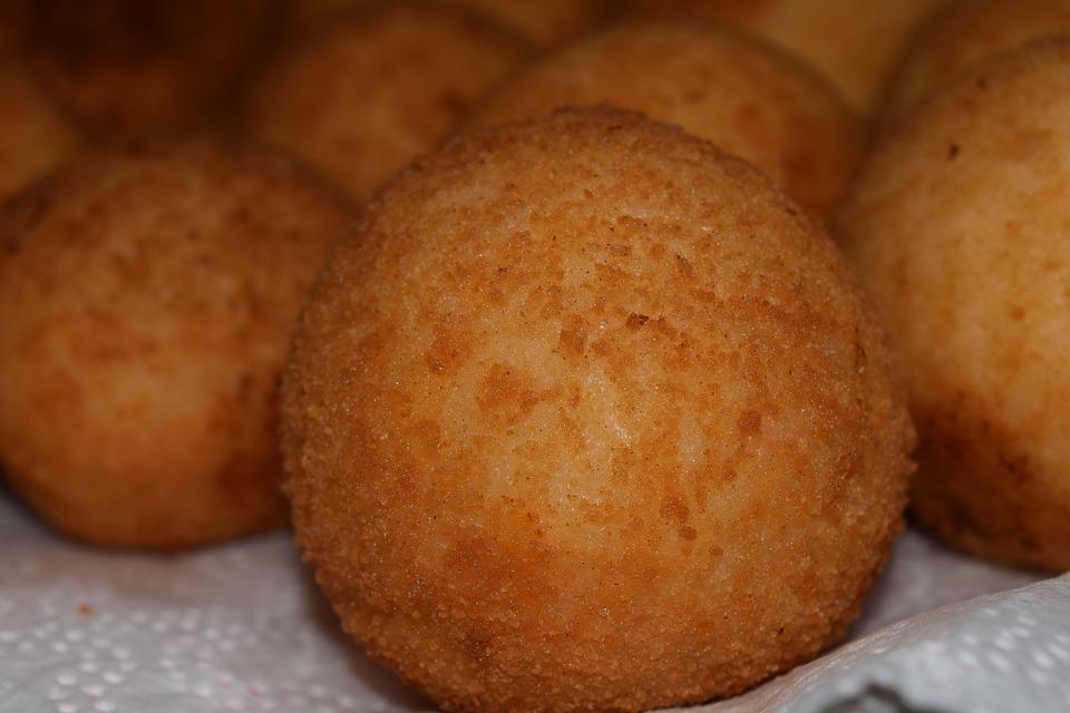 arancini - tray of arancini