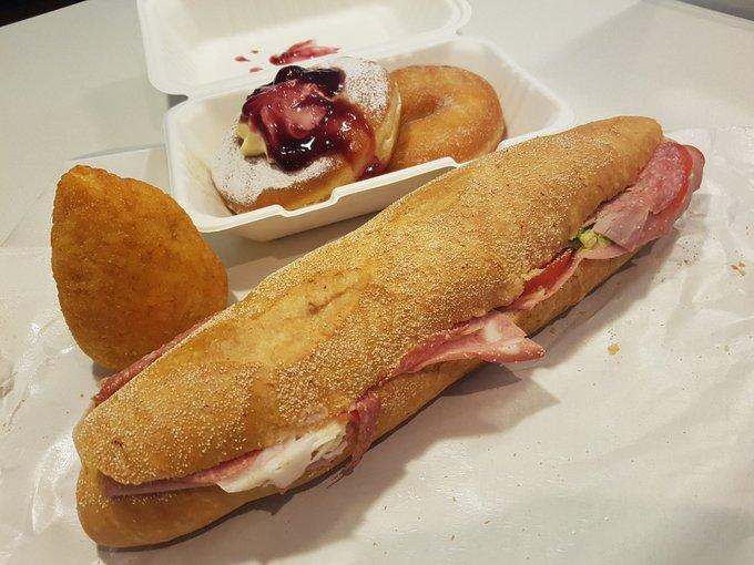 arancini - sandwich and arancino