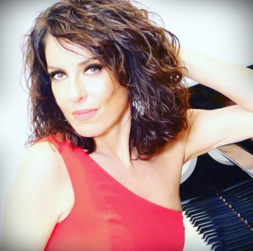 Cristiana Pegoraro - Primo piano della pianista