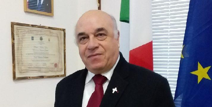 primo piano del Prof. Vittorio Politano direttore dell'Accademia di Belle Arti di Catanzaro