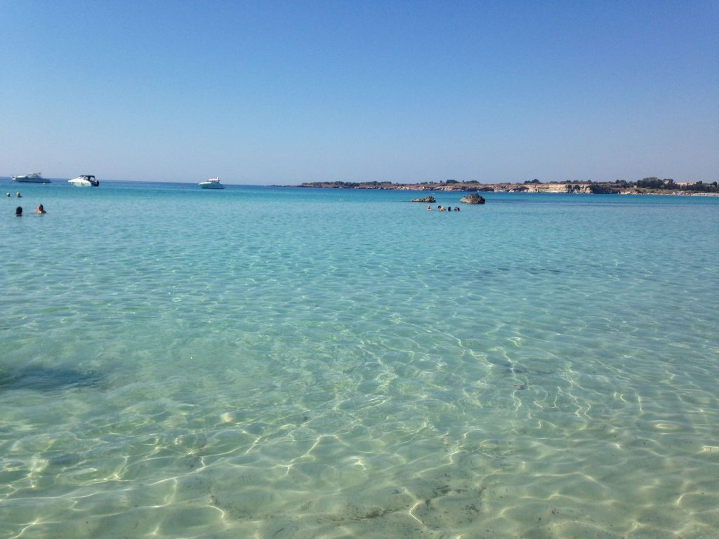 The crystal clear sea of Fontane Bianche