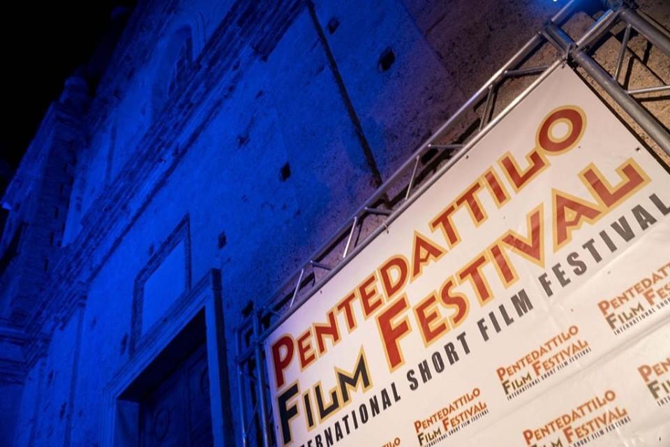 il pentedattilo fim festival viene organizzato da anni nel borgo del reggino