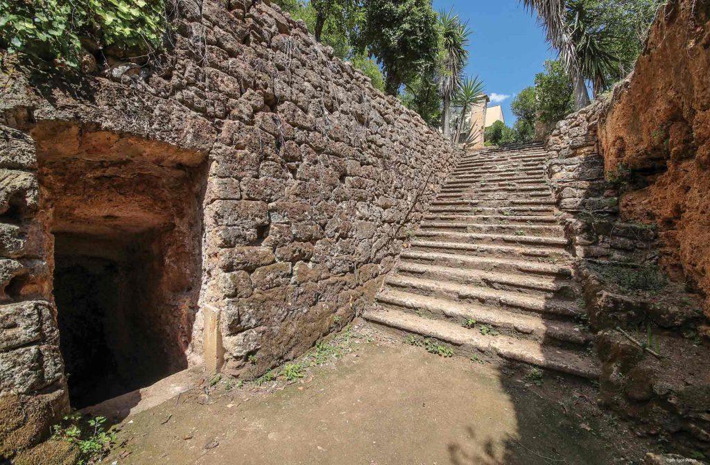 Camera dello scirocco e le sue scalinate per entrare