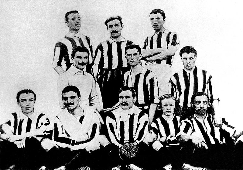 Photo of Juventus champion of Italy in 1905