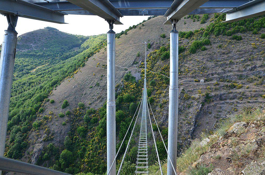 Sasso di Castalda. image of the Tibetan bridge over the valley