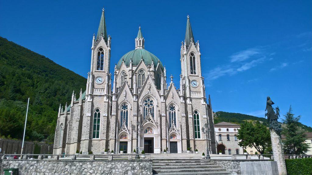 Basilica Addolorata di Castelpetroso