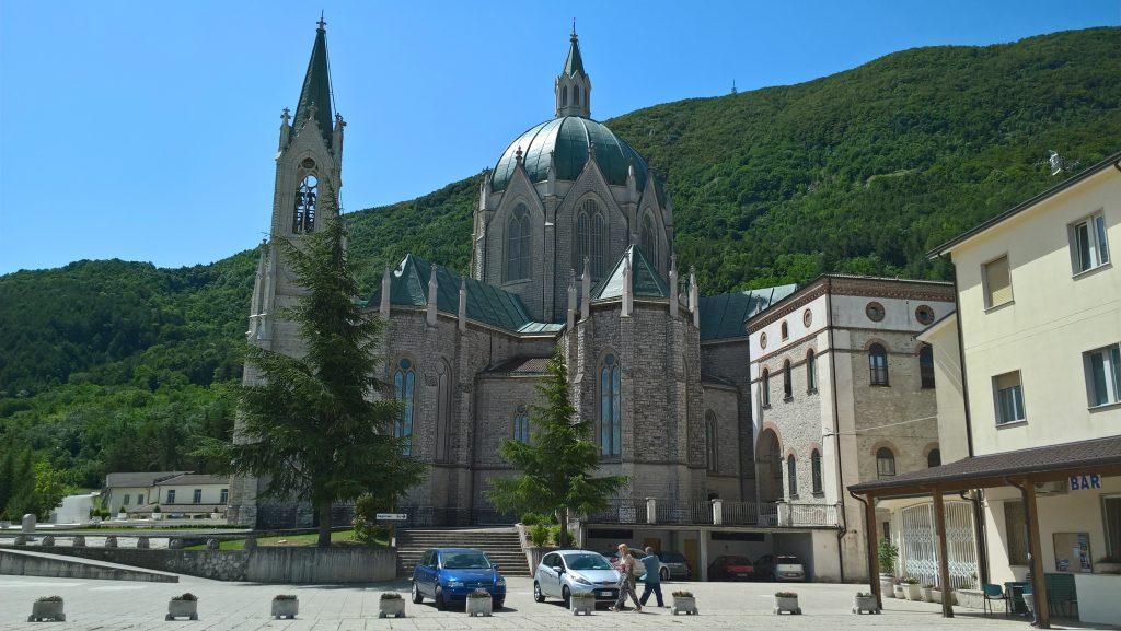 Addolorata di Castelpetroso - Basilica minore