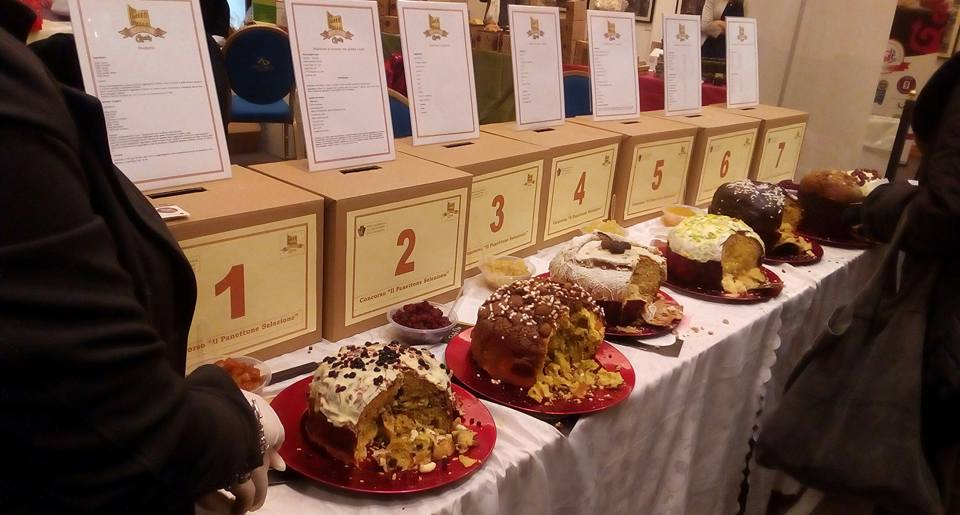 panettone fair with desserts