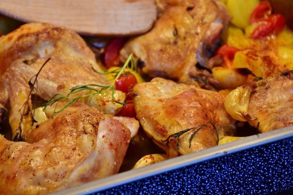 pollo con le patate nella neglia